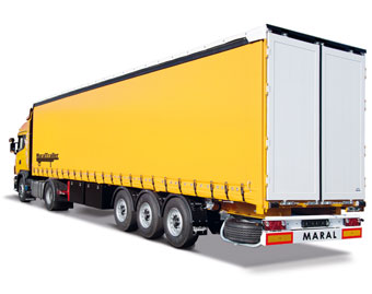 curtainsider-3axle1-copy.jpg